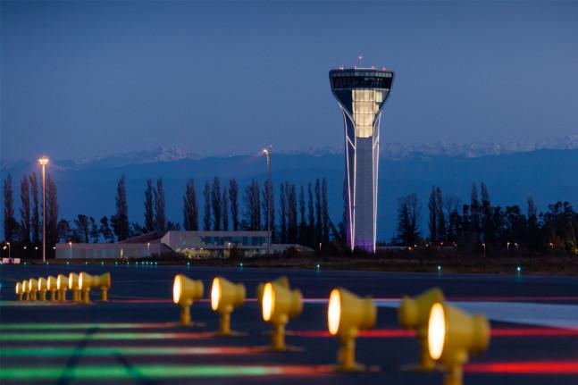 ქუთაისის აეროპორტში მგზავრთა ნაკადის გაიზარდა, ხოლო თბილისსა და ბათუმში - იკლო