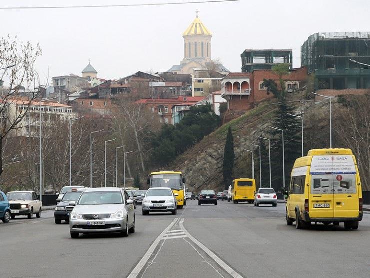 ბარათაშვილის აღმართზე სარეაბილიტაციო სამუშაოების გამო საზოგადოებრივი ტრანსპორტის მოძრაობა იცვლება