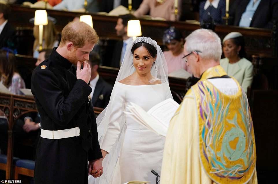 მეგან მარკლის საქორწილო კაბა გამოფენის ექსპონატი გახდება