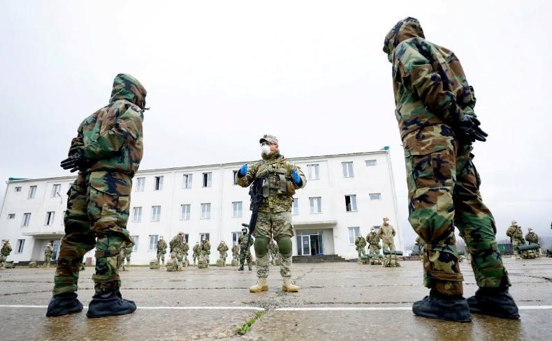 საკონტროლო გამშვებ პუნქტებზე გადანაწილებამდე სამხედროებს სპეციალური ინსტრუქტაჟი უტარდებათ