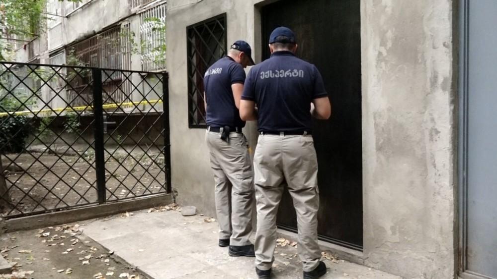 თბილისში ბინის გატეხვის მცდელობა - პოლიციამ ერთი პირი დააკავა