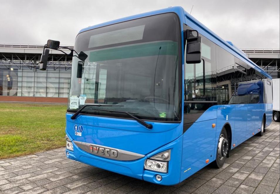 კახა კალაძემ ქალაქ ტურინში იტალიური საავტომობილო კომპანია IVECO-ს საქალაქო ავტობუსები დაათვალიერა