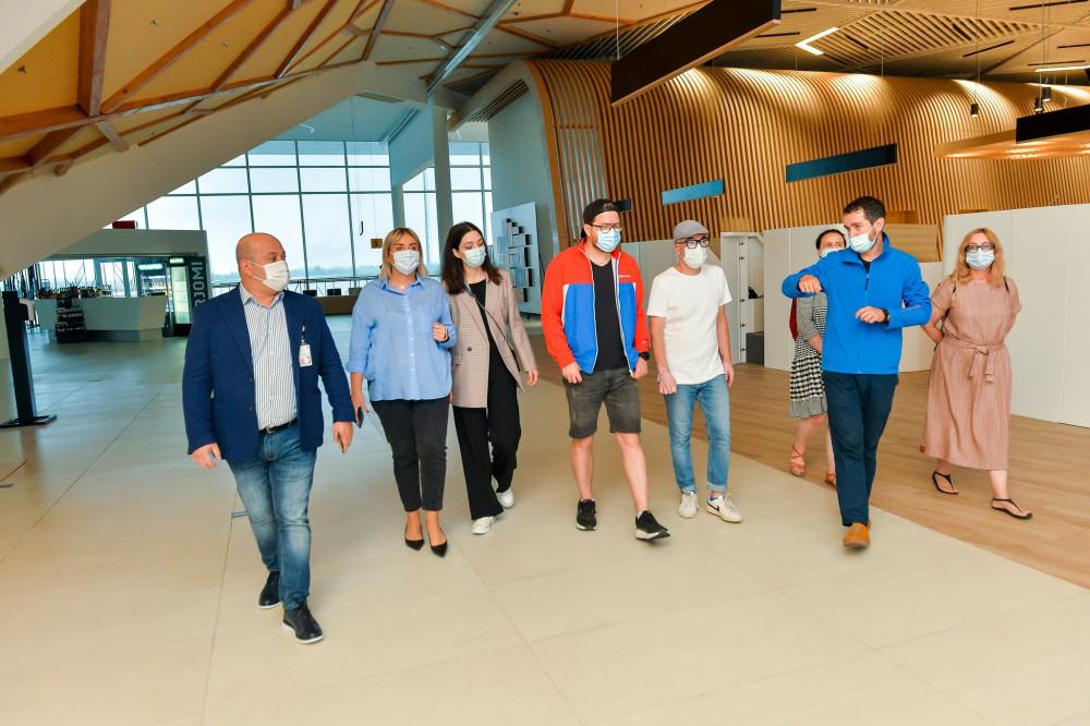 პოლონელმა ჟურნალისტებმა ქუთაისის განახლებული აეროპორტი დაათვალიერეს