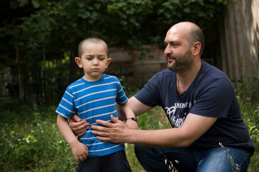 მივმართავ მამებს - არ არის სირცხვილი გყავდეს შეზღუდული შესაძლებლობის მქონე შვილი