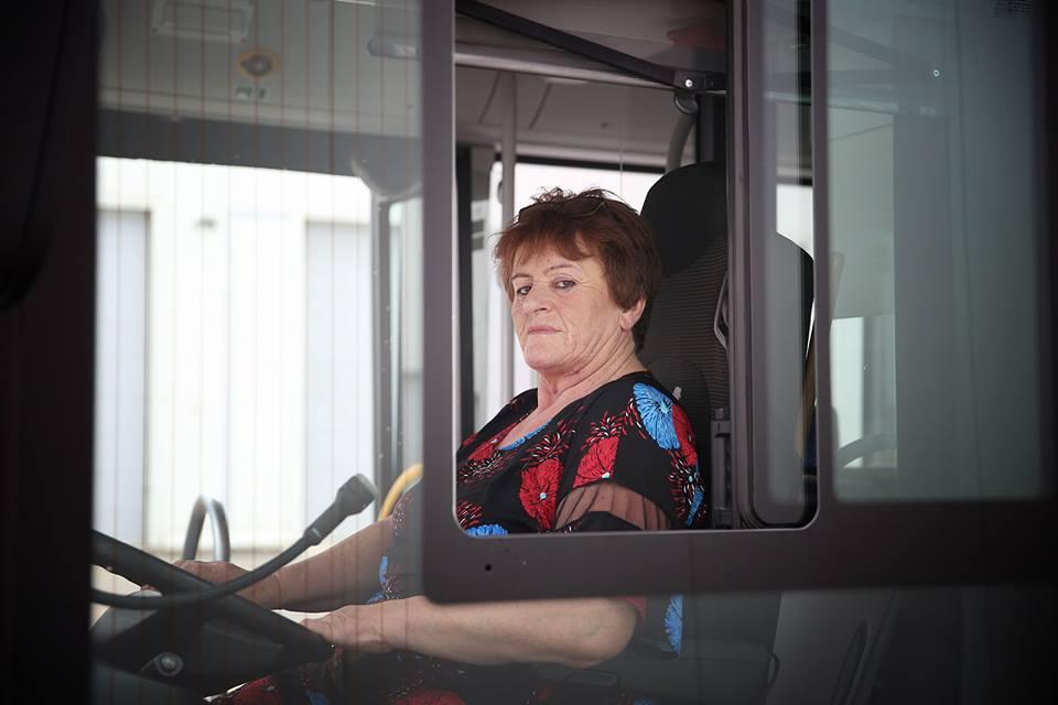 მუნიციპალური ტრანსპორტის მძღოლების რიგებს ექვსი ქალი შეემატა