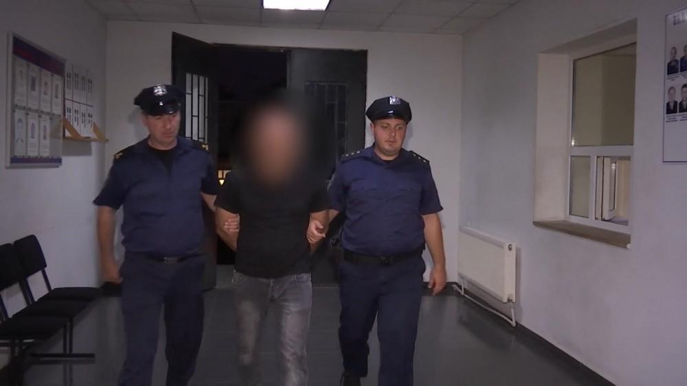 პოლიციამ თერჯოლაში მომხდარი ქურდობის ფაქტი ცხელ კვალზე გახსნა - დაკავებულია ერთი პირი