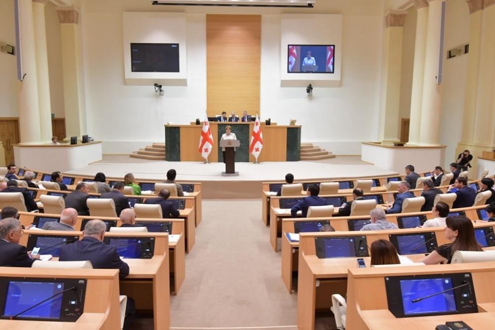 კომიტეტების გაერთიანებულ სხდომაზე მინისტრობის კანდიდატებს მოუსმინეს