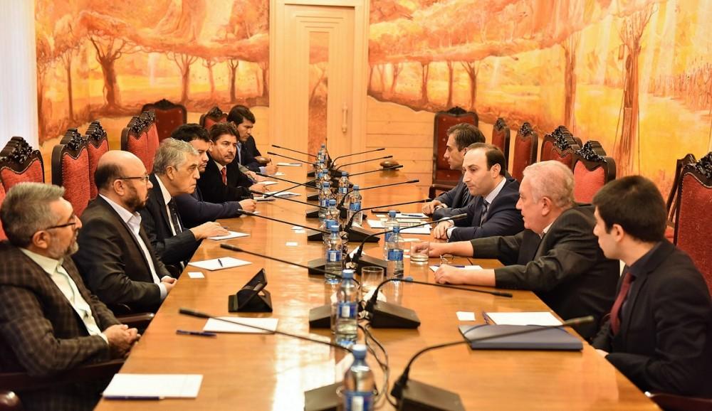 ანრი ოხანაშვილი და გიორგი კახიანი ავღანეთის ისლამური რესპუბლიკის კონსტიტუციის იმპლემენტაციაზე ზედამხედველობის დამოუკიდებელი კომისიის (ICOIC) დელაგაციას შეხვდნენ