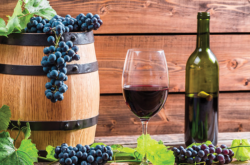 საქართველოში ჩამოსული ტურისტები აეროპორტებში ქართული ღვინით დასაჩუქრდებიან