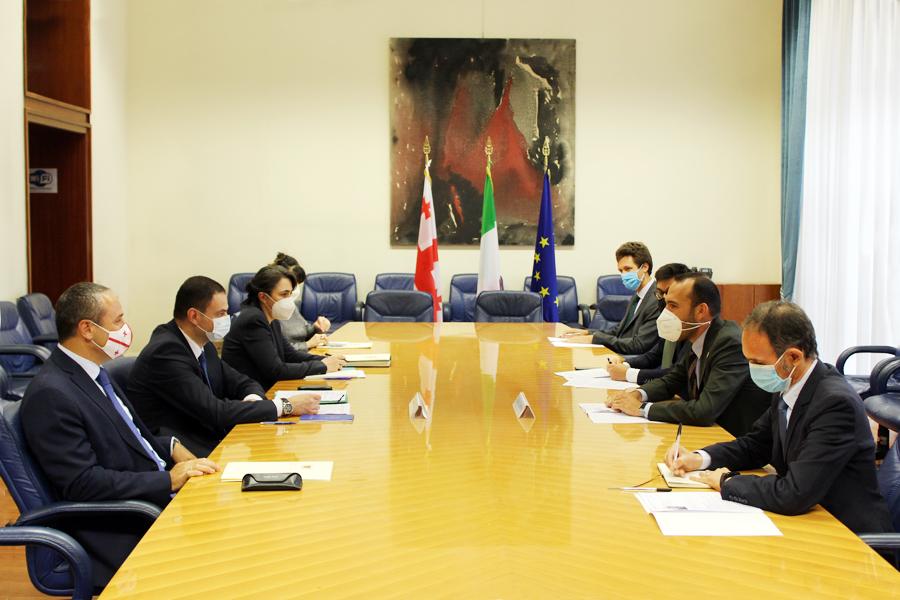 საქართველოსა და იტალიის რესპუბლიკის საგარეო საქმეთა სამინსიტროებს შორის პოლიტიკური კონსულტაციები გაიმართა