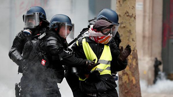 საფრანგეთში საპროტესტო აქციებზე 1700-ზე მეტი დემონსტრანტი დააკავეს