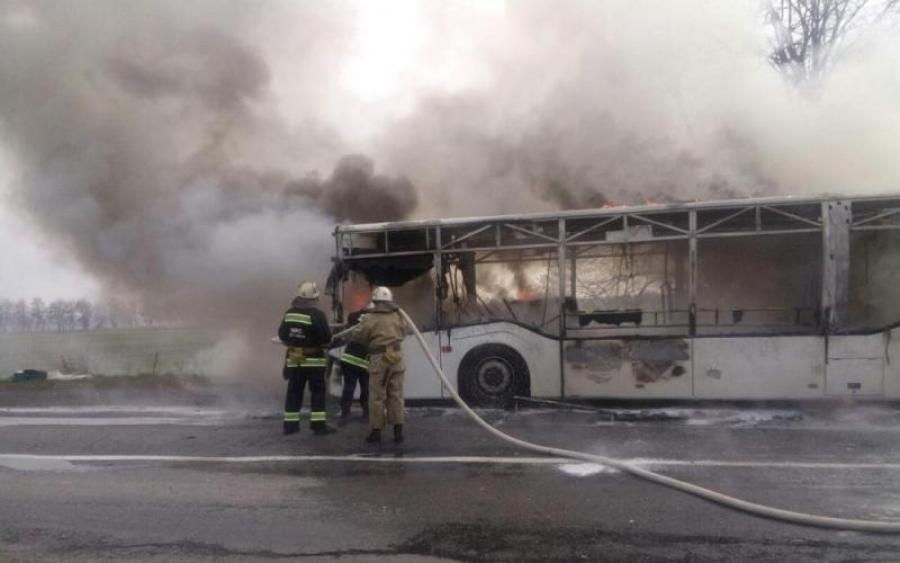 ყაზახეთში სამგზავრო ავტობუსში ხანძარს 52 ადამიანი ემსხვერპლა