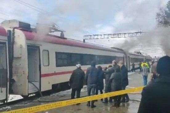 ზუგდიდი-თბილისის მატარებელს ცეცხლი გაუჩნდა