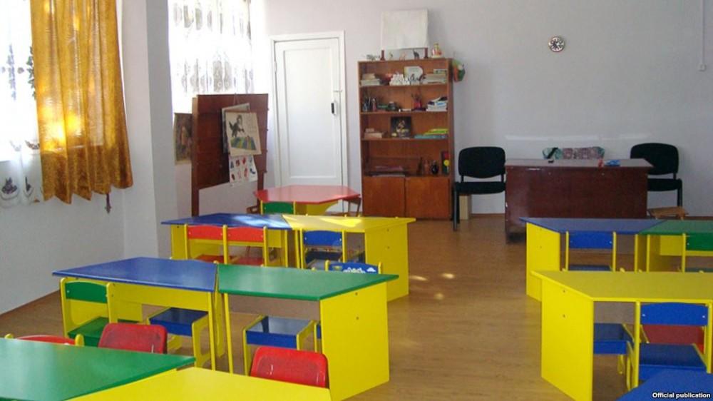 ბავშვების ცემისთვის, ბაღის თანამშრომელი 4 000 ლარით დააჯარიმეს