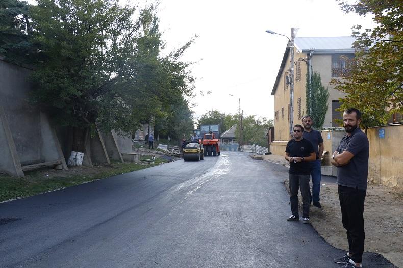 ტაბახმელაში, თამარ მეფის ქუჩაზე საგზაო სამუშაოები შესრულდა