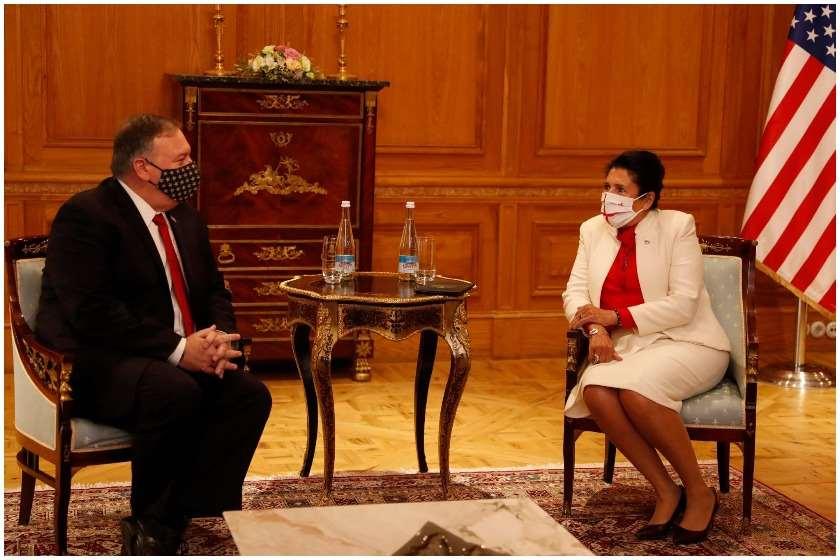 აშშ-ის საელჩო - მაიკ პომპეოსთვის სასიამოვნო იყო პრეზიდენტ ზურაბიშვილთან შეხვედრა ორბელიანის ისტორიულ სასახლეში, სადაც ადრე აშშ-ის საელჩო მდებარეობდა
