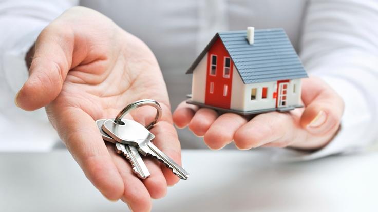 მამუკა ბახტაძე - მთავრობის განკარგულებით, 211 დევნილ ოჯახს საცხოვრებელი ფართობები უსასყიდლოდ გადაეცემა