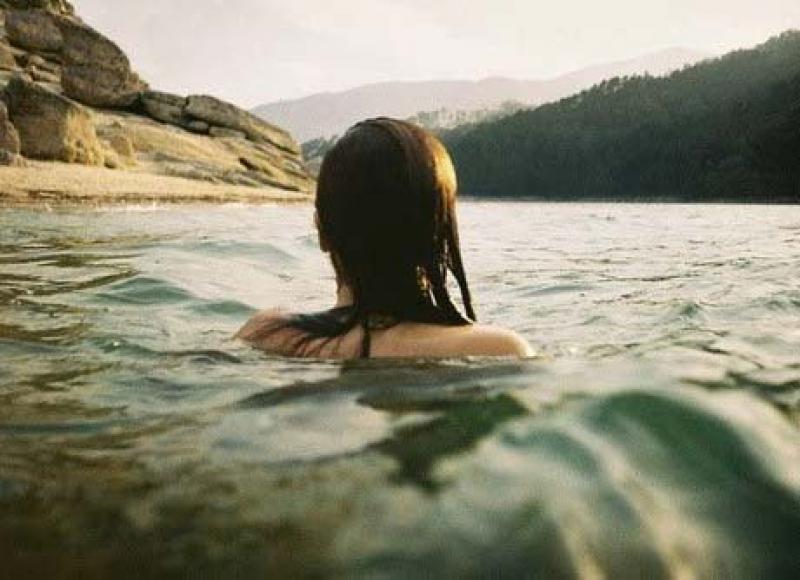 სტუდენტებმა გოგონა გადაარჩინეს, თუმცა ზღვაში თვითონ დაიხრჩვნენ