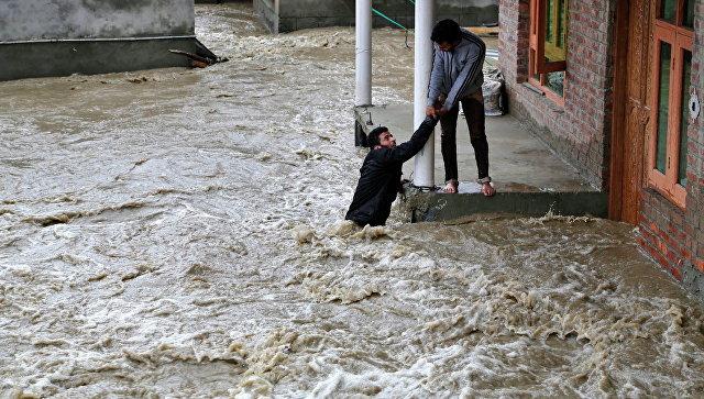 ინდოეთში წვიმების სეზონზე 770-ზე მეტი ადამიანი დაიღუპა