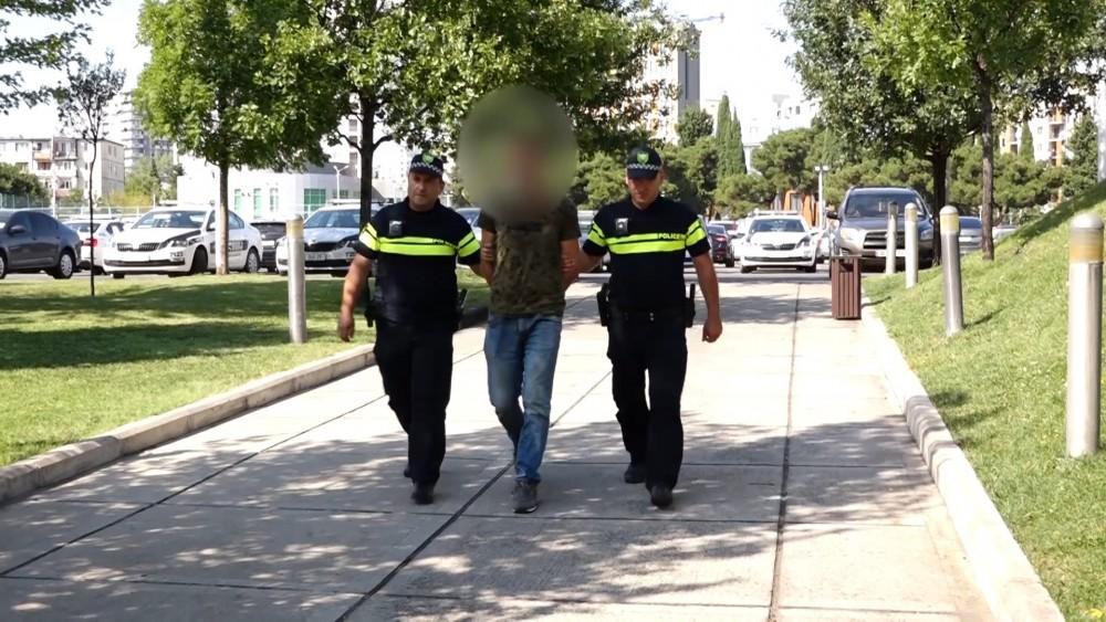 საპატრულო პოლიციამ ძარცვის მცდელობის ბრალდებით ერთი პირი დააკავა