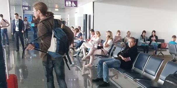 ზვიად  კუპრავა კიევის აეროპორტში შენიშნეს
