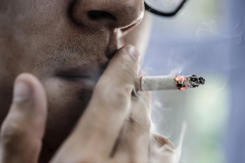 თამბაქოს მოწევა შესაძლოა, ღია სივრცეშიც აიკრძალოს
