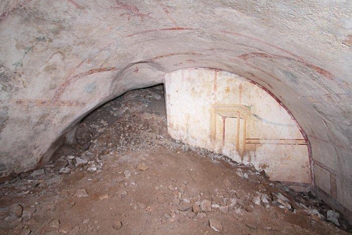 რომის იმპერატორ ნერონის სასახლეში საიდუმლო ოთახი აღმოაჩინეს