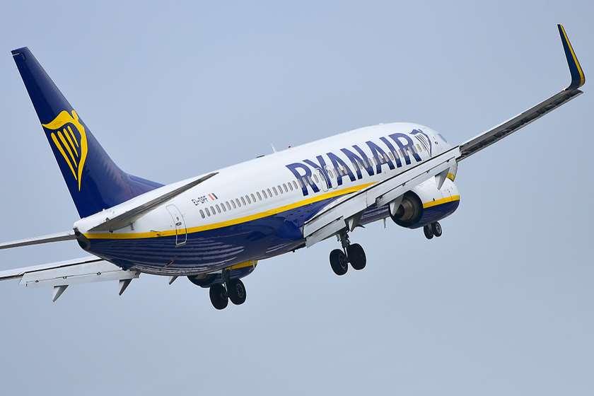 """მილანი-თბილისი-მილანის საჰაერო ხაზზე ავიაკომპანია """"რეინიარმა"""" სიხშირეების რაოდენობა გაანახევრა"""
