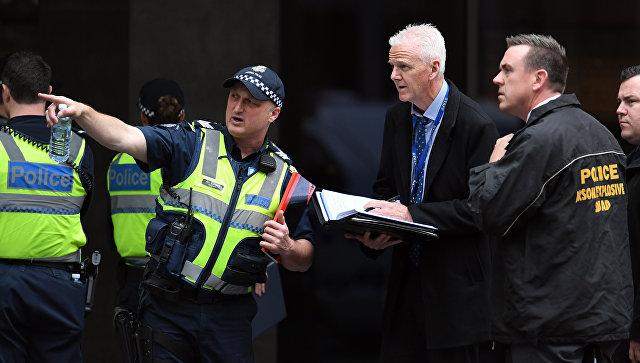ავსტრალიაში დანით შეიარაღებული კაცი გამვლელებს თავს დაესხა
