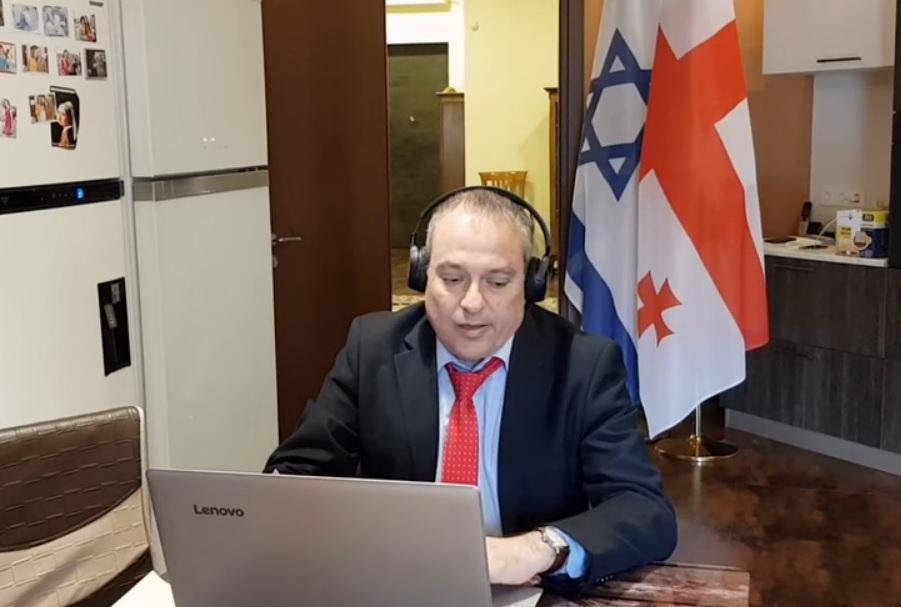 ისრაელის ელჩი საქართველოში KAYAKATA-ს ჰიტს POLO PALACE მღერის (ვიდეო)
