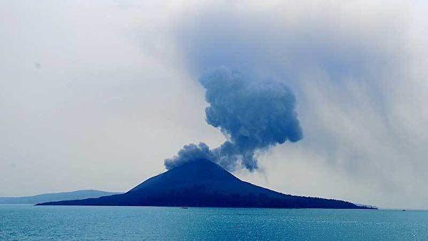 განგაში ინდონეზიაში - ვულკან ანაკ-კრაკატაუს მოსალოდნელი ამოფრქვევის რისკები გაიზარდა