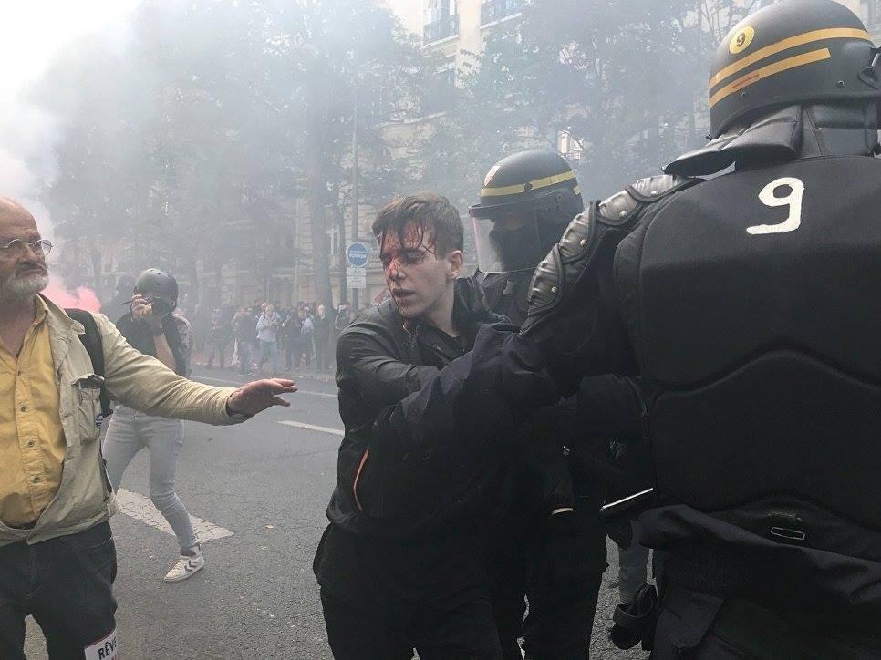 საფრანგეთში მიმდინარე დემონსტრაციაზე სამართალდამცველებმა ცრემლსადენი გაზი გამოიყენეს