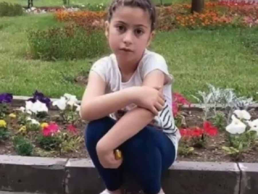 გორში მოკლული 8 წლის გოგო დაკრძალეს