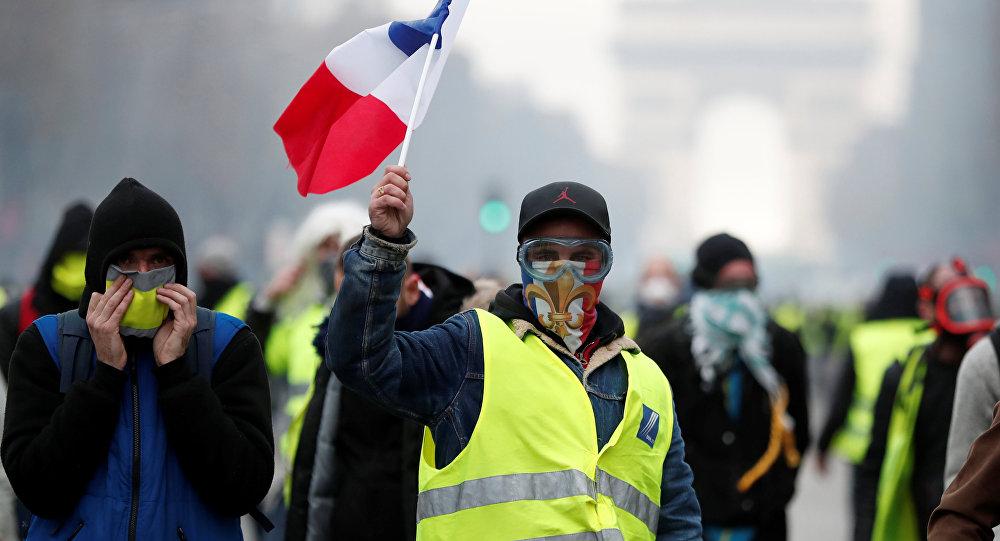 პარიზში ყვითელჟილეტიანების აქციის დროს დაკავებულთა რიცხვმა 500-ს გადააჭარბა