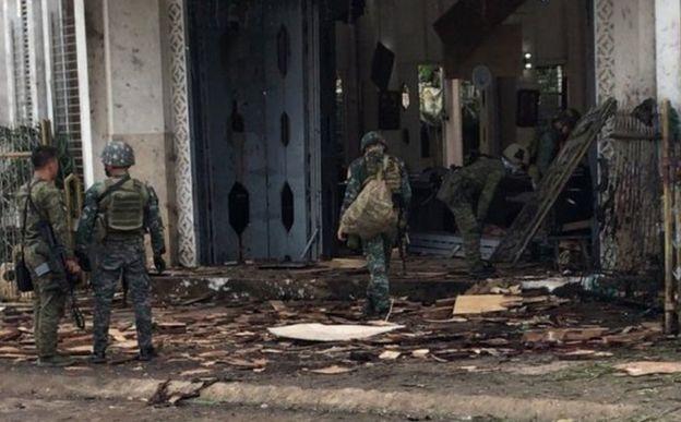 ფილიპინებში აფეთქებებს 27 ადამიანი ემსხვერპლა
