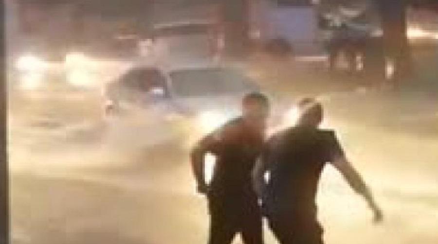 როგორ არეგულირებდნენ საპატრულო პოლიციის თანამშრომლები მოძრაობას გუშინდელი სტიქიის დროს (ვიდეო)