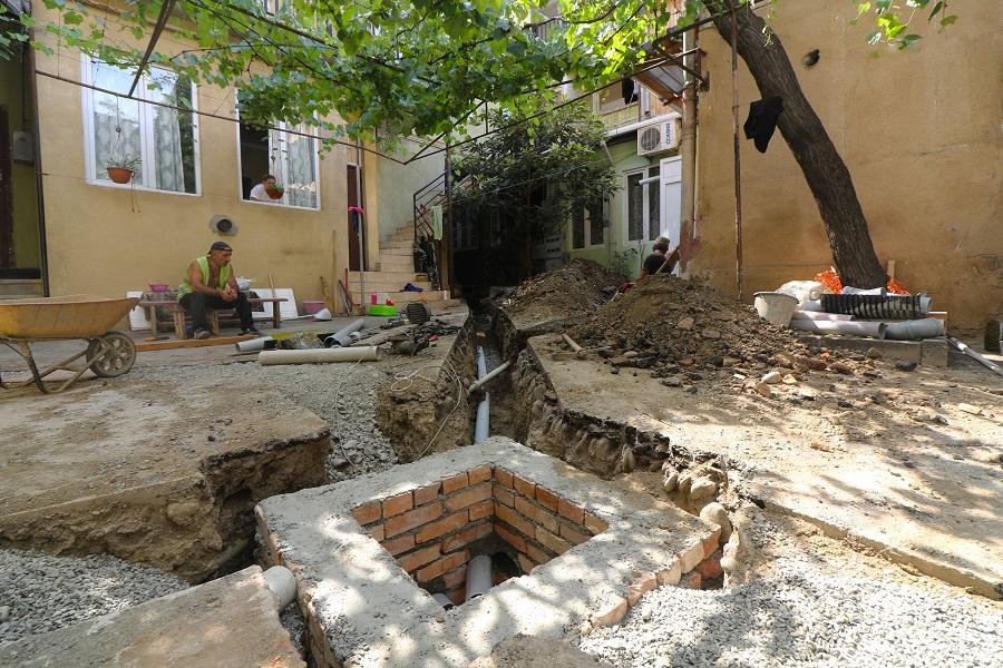 გრიბოედოვის ქუჩაზე სასმელი წყლის ქსელი ეწყობა