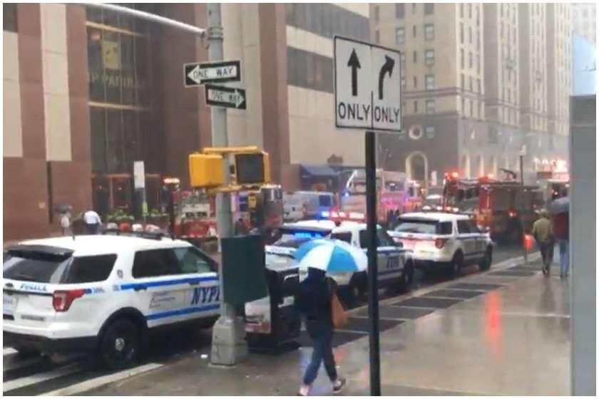 ნიუ-იორკის ცენტრში ვერტმფრენი მანჰეტენის ცათამბჯენის სახურავს დაეცა