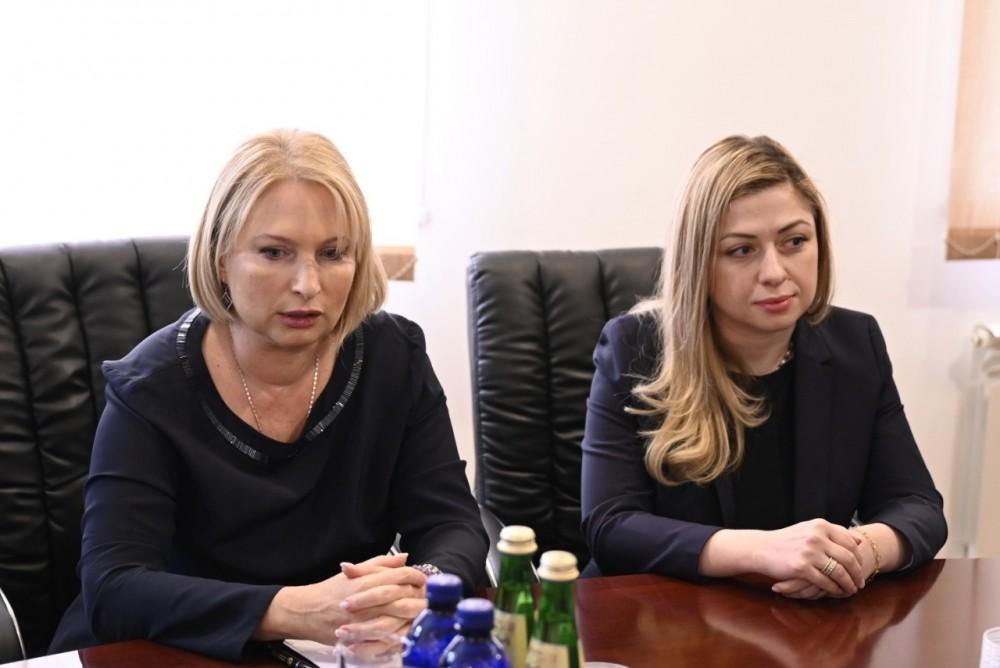 """მინისტრმა """"საქართველოს აეროპორტების გაერთიანების"""" ახალი ხელმძღვანელი წარადგინა"""