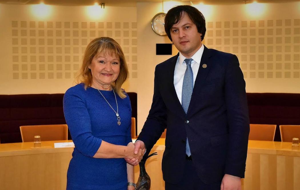 """ირაკლი კობახიძე """"შვედეთის ადგილობრივი თვითმმართველობებისა და რეგიონების  საერთაშორისო ასოციაციის"""" თავმჯდომარეს შეხვდა"""