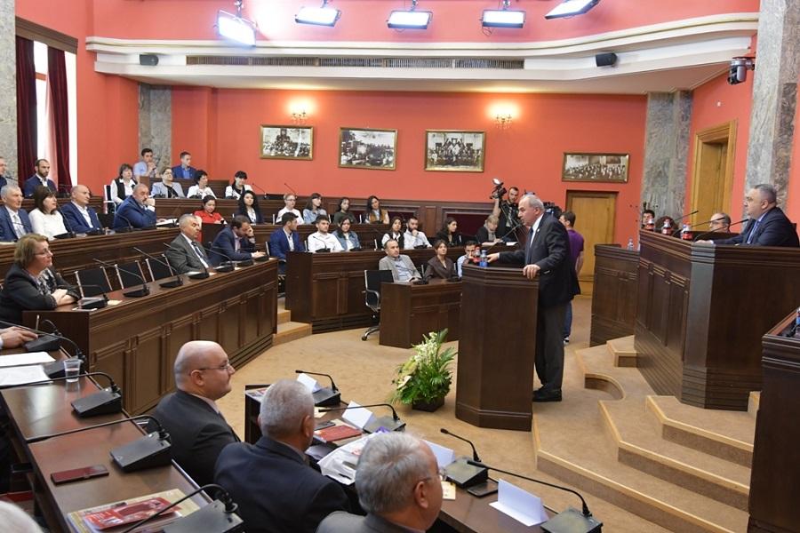 დიასპორისა და კავკასიის საკითხთა კომიტეტი საქართველოს პირველი რესპუბლიკის გამოცხადების 100 წლისადმი მიძღვნილ კონფერენციას  მასპინძლობს
