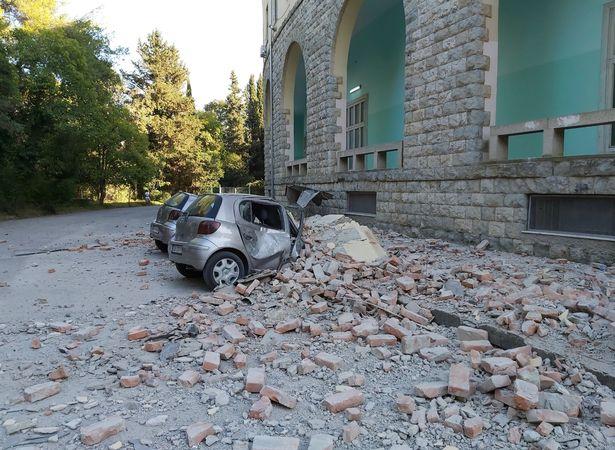 ალბანეთში მიწისძვრის შედეგად 100 ადამიანი დაშავდა