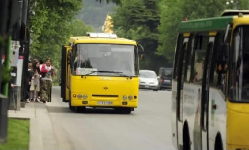 საზოგადოებრივი ტრანსპორტით გადაადგილებისას მგზავრების რაოდენობაზე შესაძლოა ლიმიტი დაწესდეს