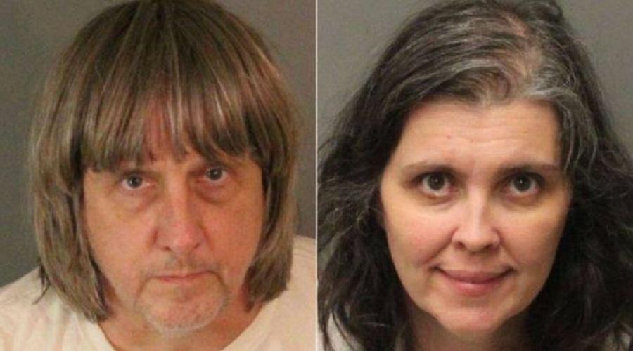 კალიფორნიაში ცოლ-ქმარი შვილებზე ძალადობის ბრალდებით დააკავეს