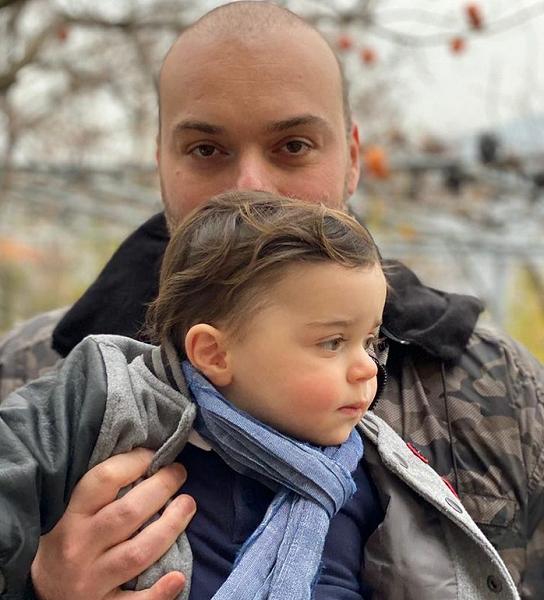 """მამუკა ბახტაძე """"ინსტაგრამზე"""" აქვეყნებს ფოტოს თავის შვილთან ერთად"""
