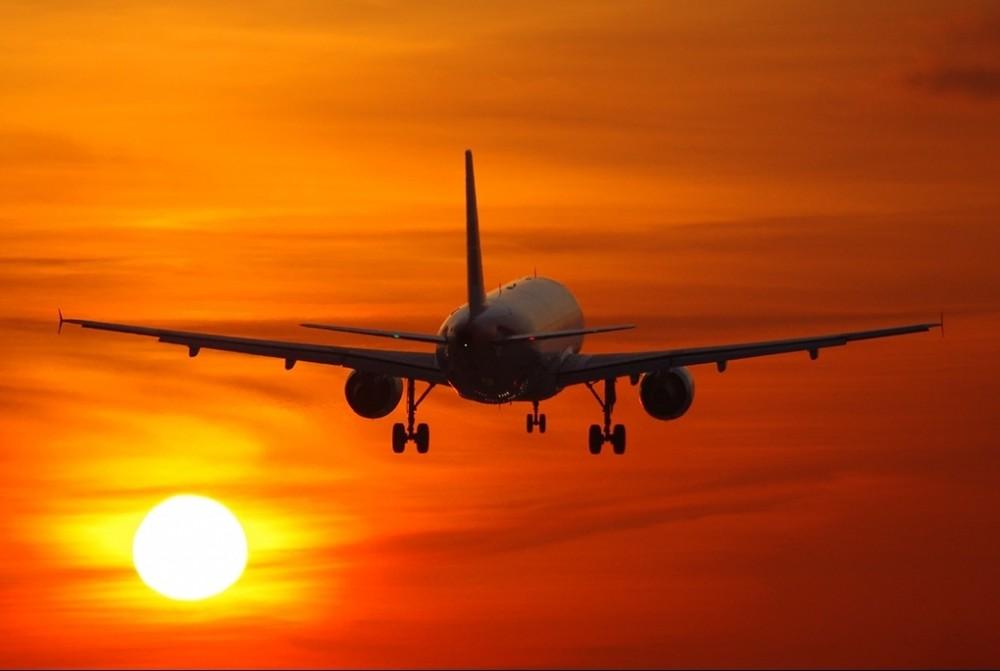 ვის ეკუთვნის აბასთუმნის ცაზე ავიამიმოსვლის შეზღუდვის ინიციატივა?