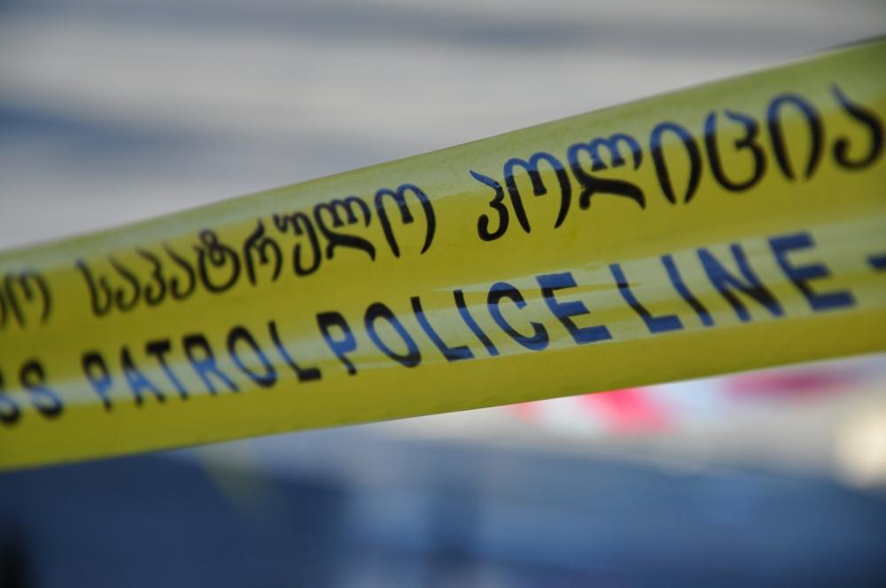 პოლიცია თბილისის 22-ე სკოლაში ნაღმს ეძებდა