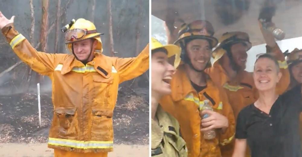 ავსტრალიაში წვიმა მოვიდა - მეხანძრეების ემოციური ვიდეო