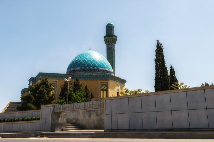 აზერბაიჯანში 53 მეჩეთში სათვალთვალო კამერები დამონტაჟდა