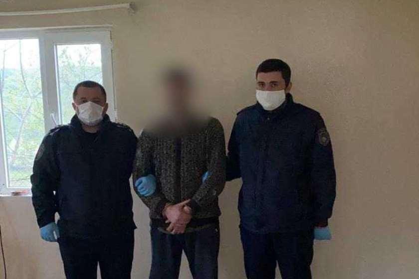 სოფელ ყანდაურაში 5 ადამიანის მკვლელობაში ბრალდებული დააკავეს